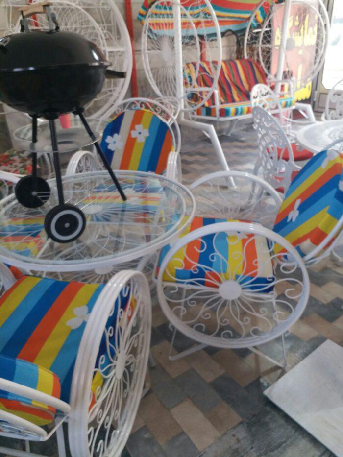 باغی صندلی ویلایی میز حیاطی 12 700x933 - مبلمان باغی ویلایی مدل کالسکه فرفورژه کد3