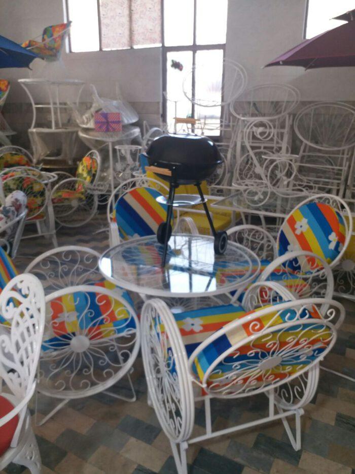 باغی صندلی ویلایی میز حیاطی 13 700x933 - مبلمان باغی ویلایی مدل کالسکه فرفورژه کد3
