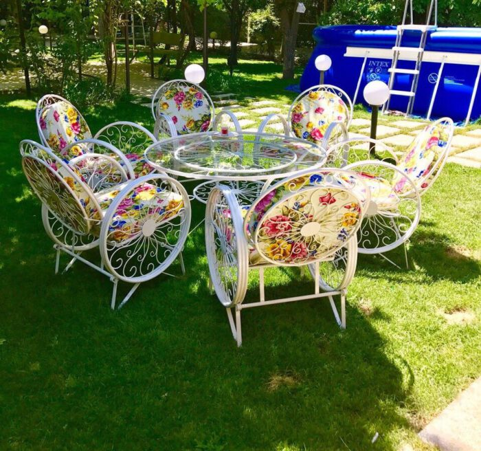 باغی صندلی ویلایی میز حیاطی 15 700x656 - مبلمان باغی ویلایی مدل کالسکه فرفورژه کد3