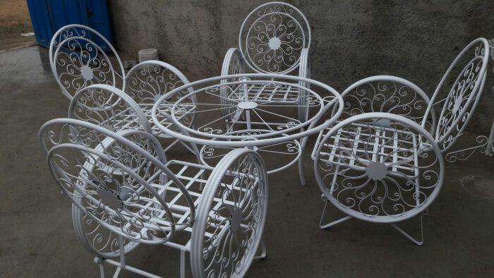 باغی صندلی ویلایی میز حیاطی 18 700x394 - مبلمان باغی ویلایی مدل کالسکه فرفورژه کد3