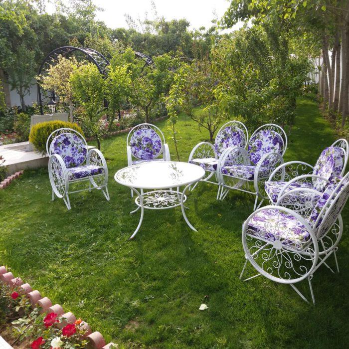 باغی صندلی ویلایی میز حیاطی 3 700x700 - مبلمان باغی ویلایی مدل کالسکه فرفورژه کد3