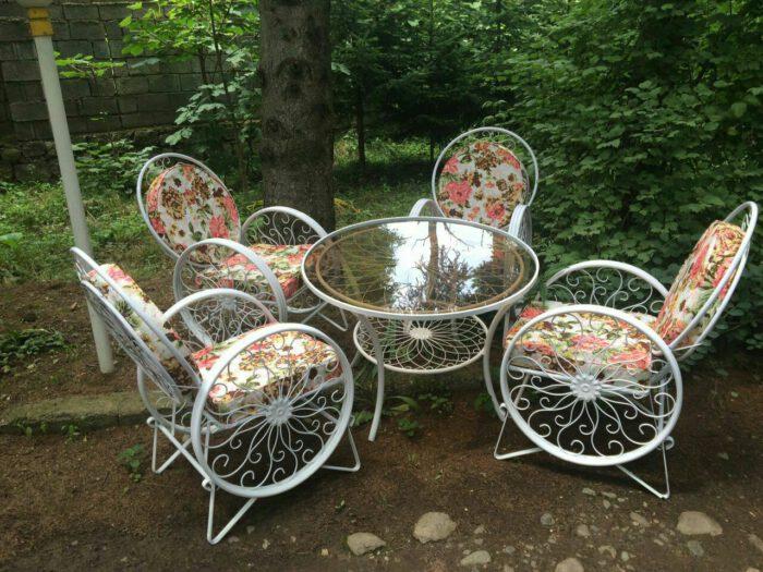 باغی صندلی ویلایی میز حیاطی 5 700x525 - مبلمان باغی ویلایی مدل کالسکه فرفورژه کد3