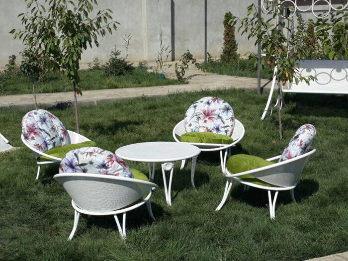 باغی مبلمان ویلایی مبلمان فضای باز حیاطی 15 700x525 - مبلمان باغی فلزی مدل ارغوان کد8