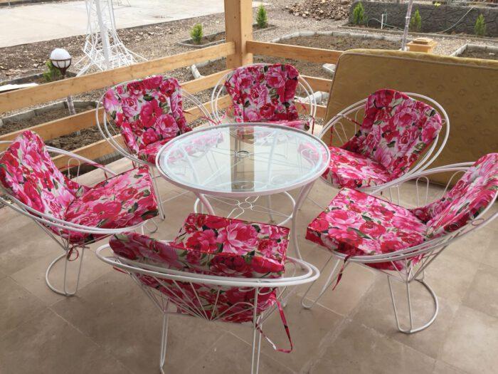 ویلایی مبلمان حیاطی میزوصندلی باغ 1 700x525 - مبلمان باغی و ویلایی مدل شعاعی