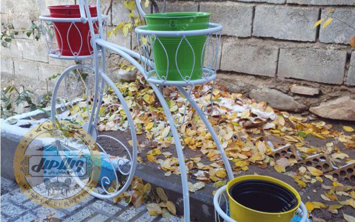 Bicycle Vase 02 Min