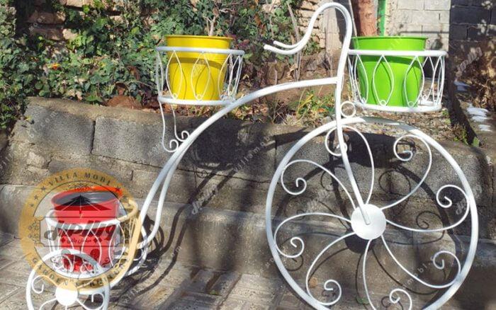 Bicycle Vase 06 Min