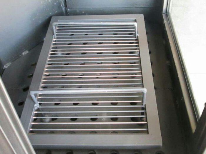 هیزم سوز چوب سوز زغالی 5 700x524 - بخاری هیزمی مدل آپادانا