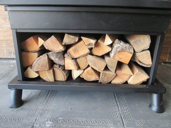 هیزم سوز چوب سوز زغالی 8 700x525 - بخاری هیزمی مدل آپادانا