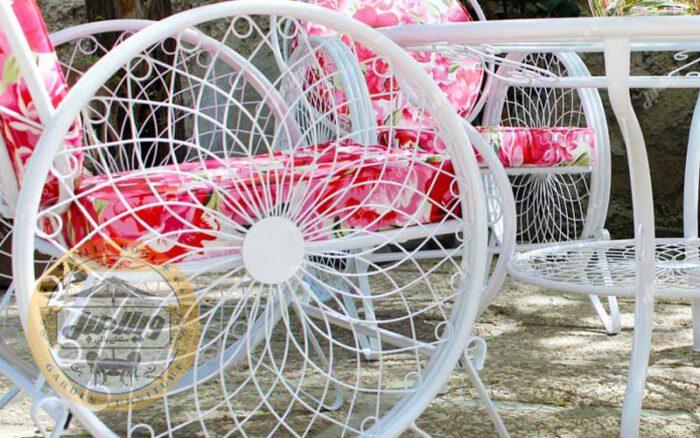 طراحی صندلی باغی فلزی مدل گلبرگ
